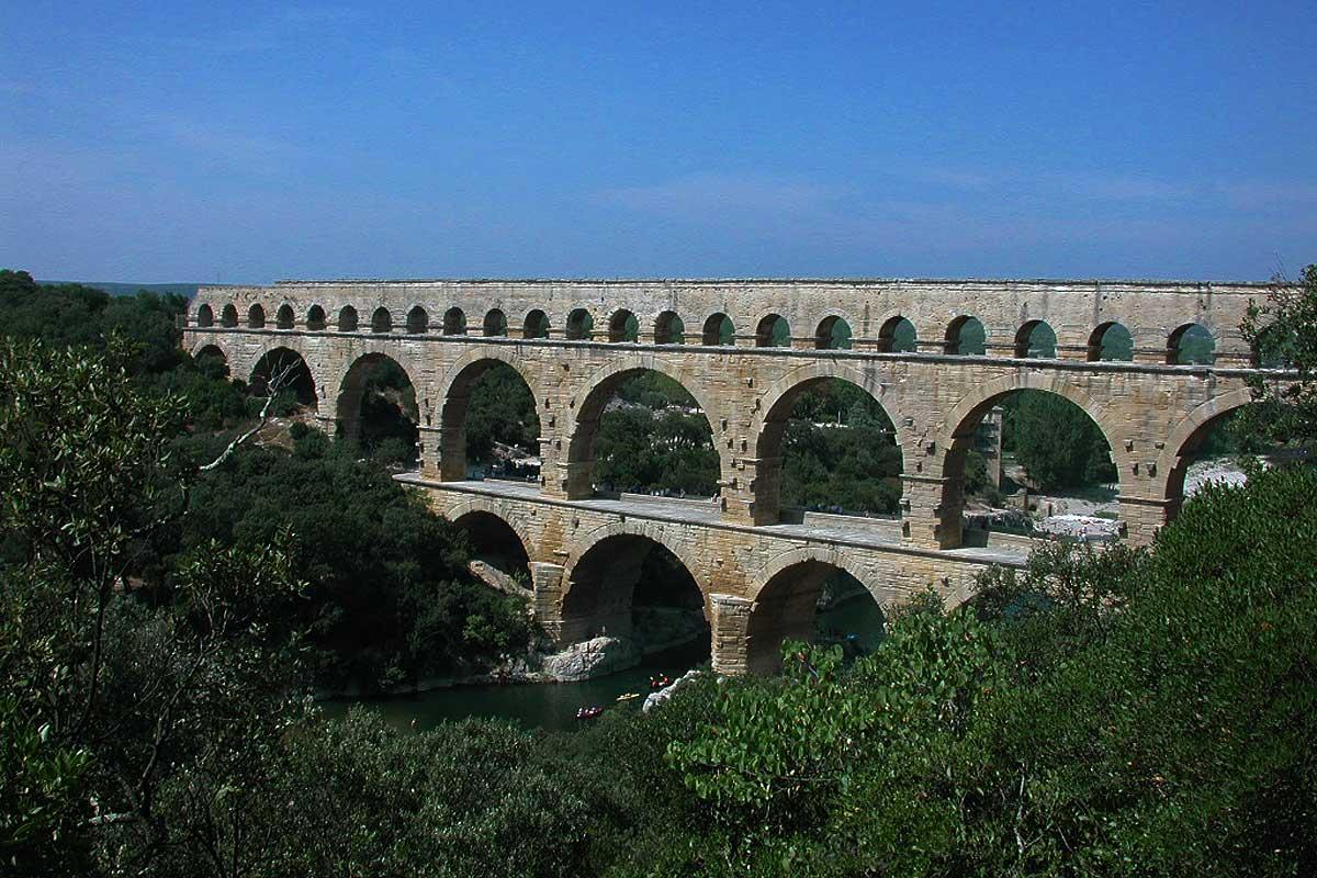 Pont du gard chambres d 39 h tes en provence - Chambre d hote le pont egletons ...