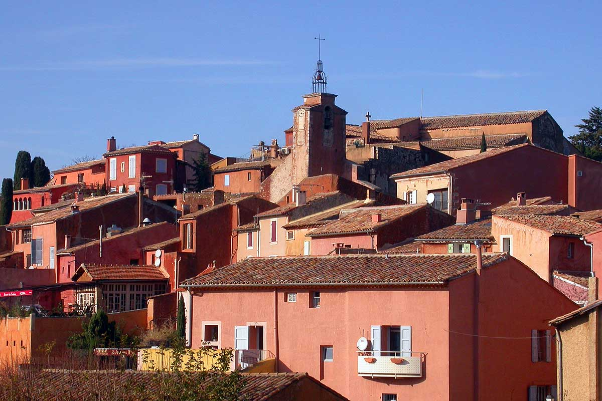 Couleurs Facades En Provence bed and breakfast roussillon | provence bed and breakfast