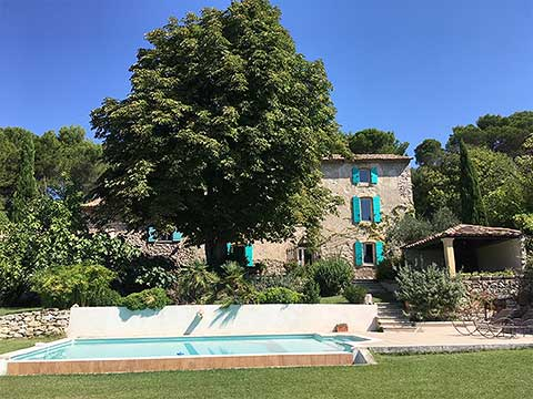 Alpilles  Chambres DHtes En Provence