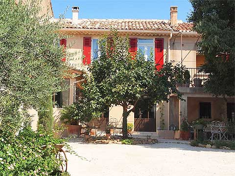 Avignon  Chambres DHtes Provence